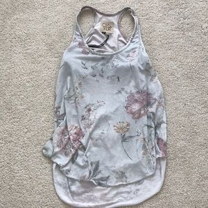 Chaser floral top